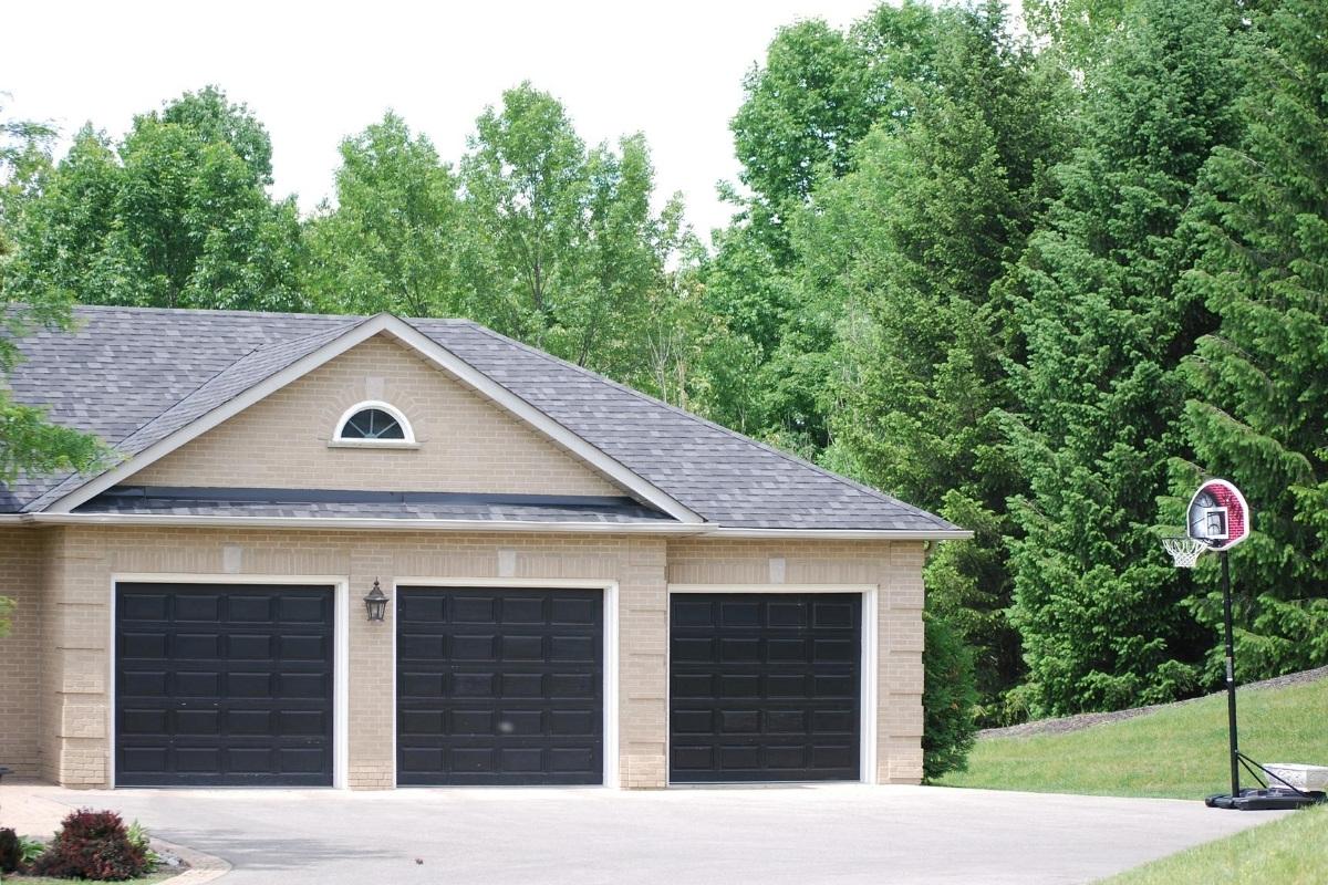 Quality Garage Door & Locksmith - Black Garage Door