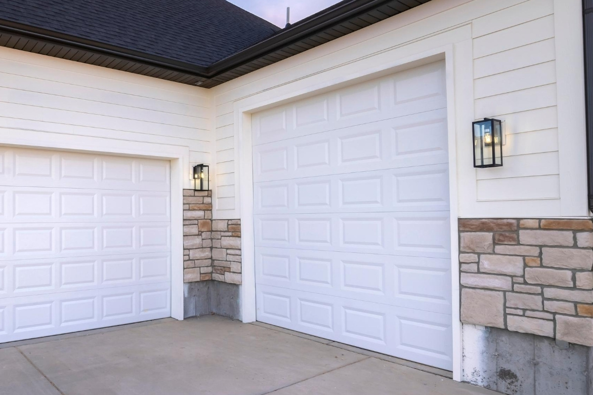 Quality Garage Door & Locksmith - Garage Doors Repair